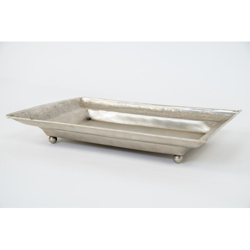 Metalowa rzeźbiona tacka (Taca-5)